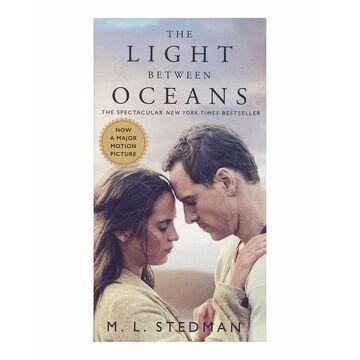 portada The Light Between Oceans. Media Tie-In (Pocket Books) (libro en Inglés)