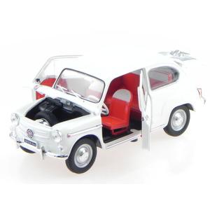 Fiat 600 D 600S white modelcar Leo 1:24 (new)
